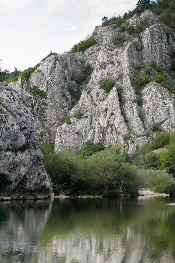 Cheile Nerei_Podu Beiului_Canton Damian_La Carlige_Catunul lui Vogiun_Izbucul Iordanului_Lacul Dracului_017