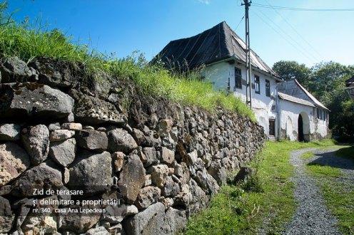 Zid de terasare si delimitare a proprietatii, casa nr. 340, casa Ana Lepedean
