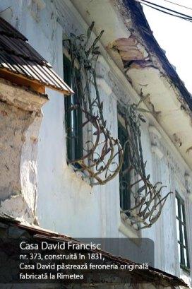 Casa david Francisc, construita in 1831, pastreaza feroneria originala fabricata la Rimetea