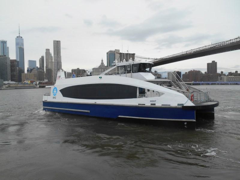 DUMBO,NYC-Ferry
