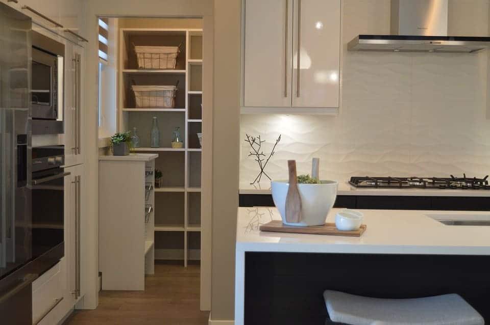 ✓ homelook.it è una grande piattaforma per interior design in italia che facilita la ricerca dei mobili,. Dispensa Cucina In Cartongesso Cartongesso Roma