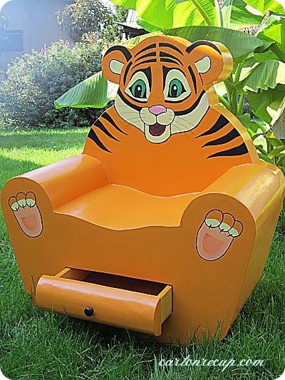 Un fauteuil en carton pour les enfants  CARTONRECUP