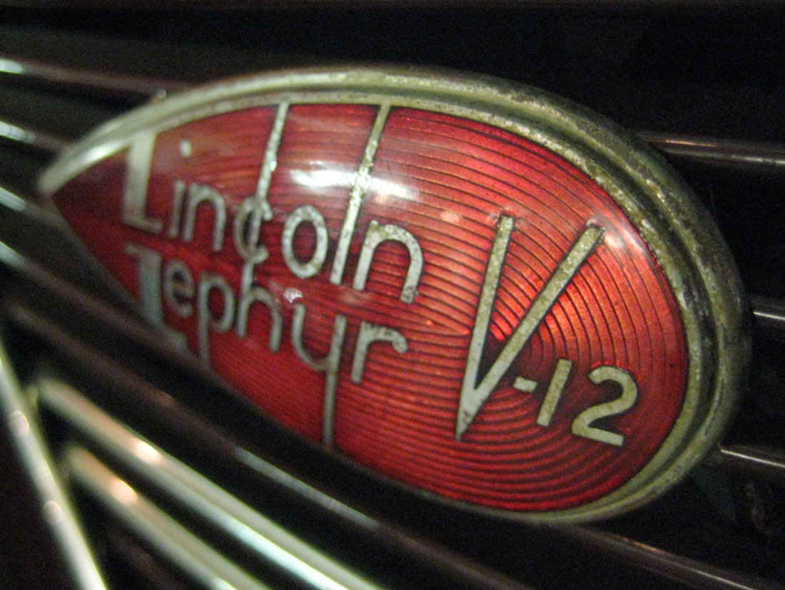 hight resolution of lincoln zephyr v12 emblem touring sedan 2 s 37