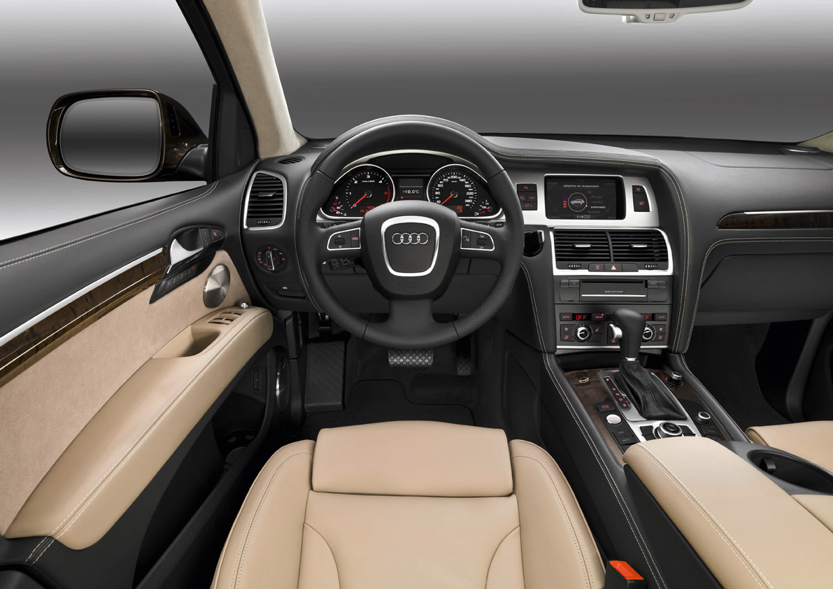 hight resolution of audi q7 in1 09