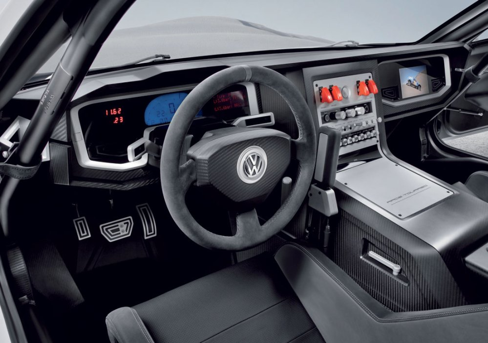 medium resolution of 2011 volkswagen touareg 3 qatar interior vw touareg 3 qatar in 11 01