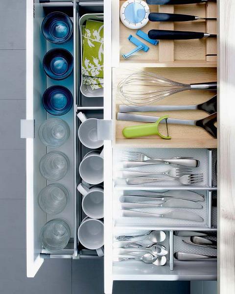 nápady na organizaci zásuvek v kuchyni (22)