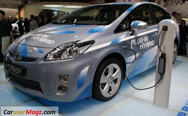mobil hybrid Toyota Prius - Plugin Hybrid
