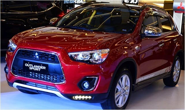 Mitsubishi Outlander Sport Action Indonesia