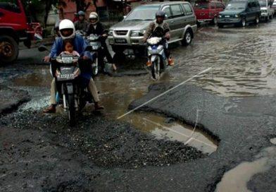 Jenis mobil paling cocok untuk jalan Indonesia