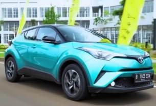 Perbedaan Toyota C-HR Hybrid dari versi Standar