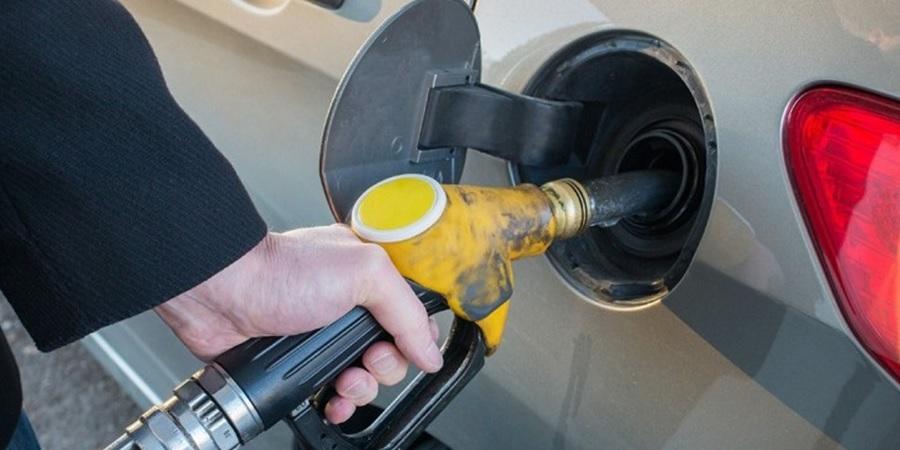 Akibat mengisi bensin terlalu penuh
