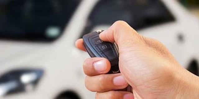 Remot kunci pintu mobil bermasalah