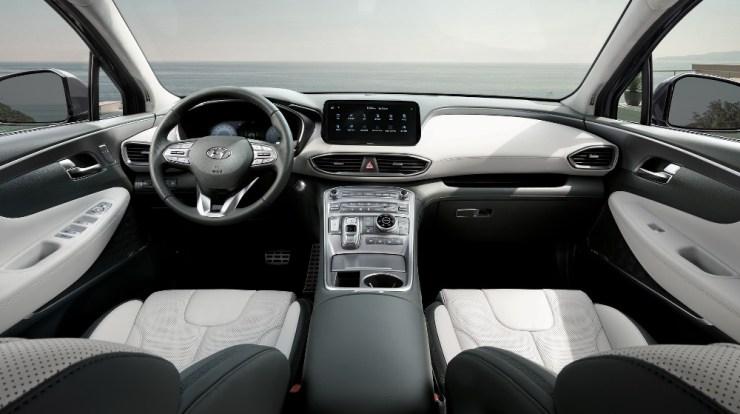 Interior Hyundai Santa Fe Generasi-5 - Lebih Canggih tanpa Tuas Transmisi