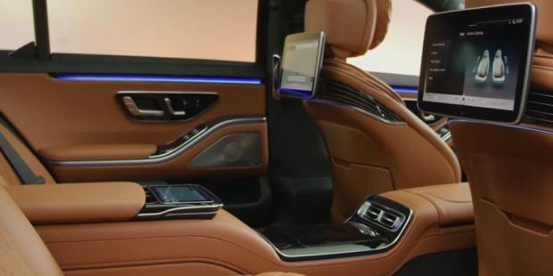 Interior Mercedes S-Class 2021 - Konsol Tengah Kabin Belakang