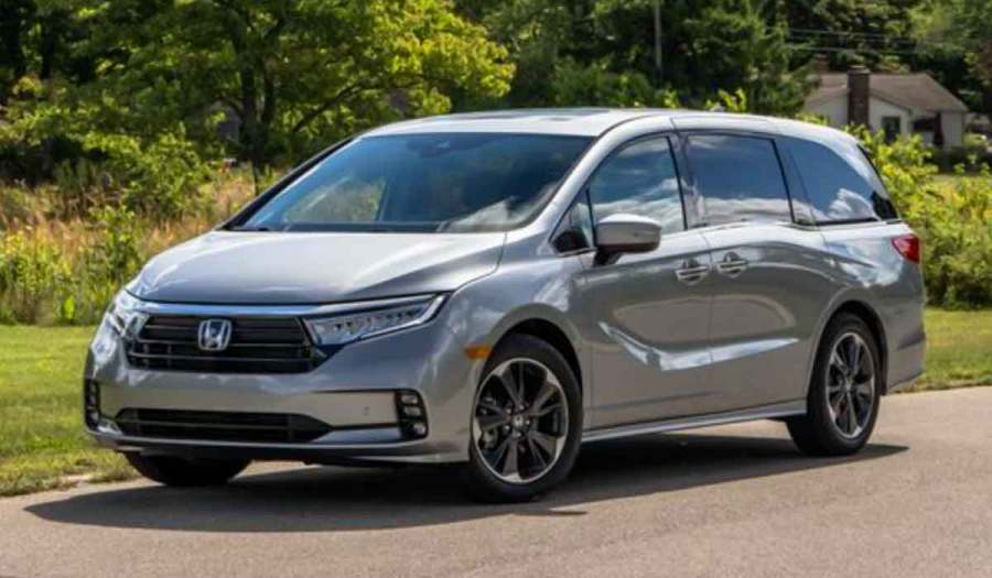 2022 honda odyssey redesign After a more thorough facelift for the 2021 model year, the Odyssey heads into the 2022 model year with just two changes: a new color called