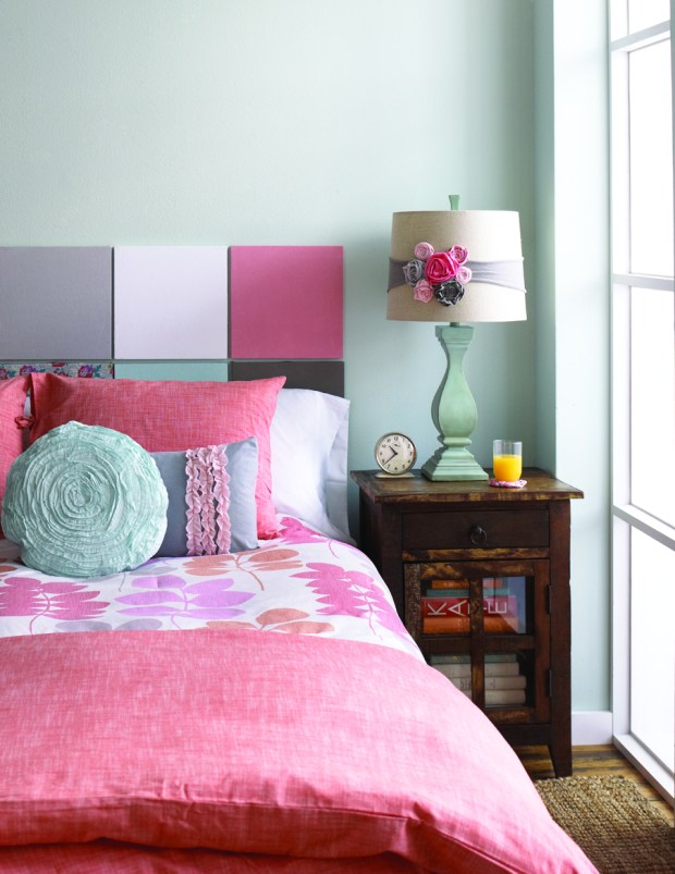 Tshirt headboard and coral bedding