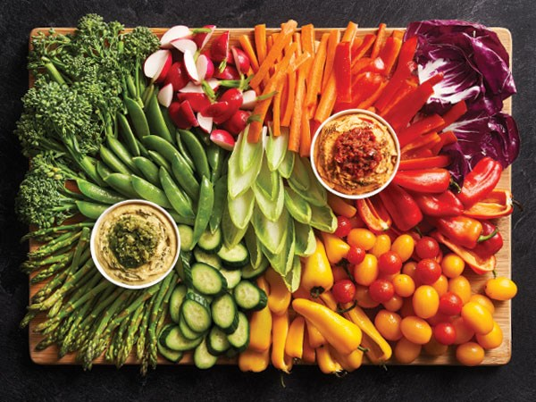 veggie tray grouped by color