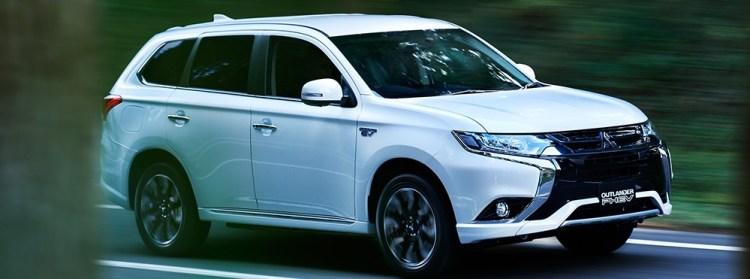 2018新型アウトランダー/PHEVの口コミ・評価・評判まとめ|ガソリン車よりPHEV車に辛口意見が多い!?