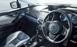 新型スバルXVの内装を画像レビュー!オレンジステッチとオプションのレザーシートが絶品!後部座席の広さもGOOD!