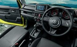 最新版|新型ジムニーの内装を画像でレビュー!後部座席が完全フルフラットなラゲッジスペースは車中泊も可能か!