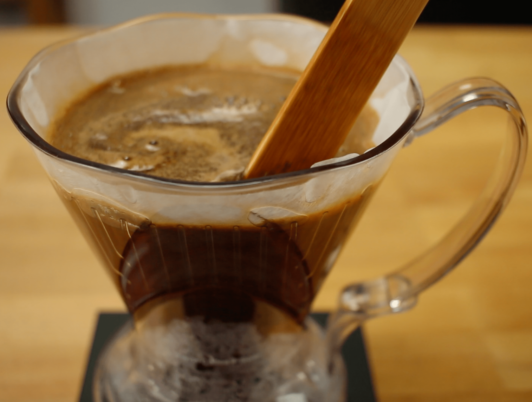 Brewing Guide: The Clever Coffee Dripper via @carvetiicoffee