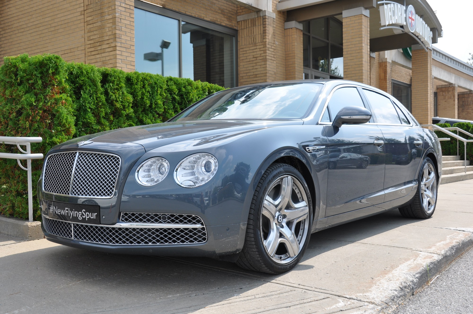 2014 Bentley Flying Spur 23 Free Car Wallpaper
