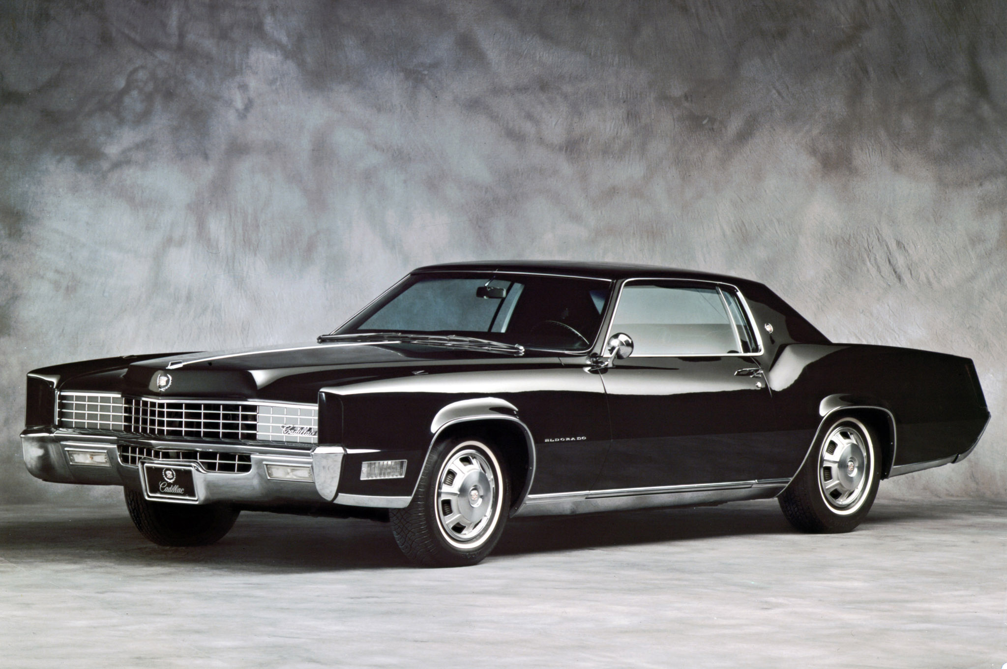 2015 Cadillac Fleetwood 21 Wide Car Wallpaper