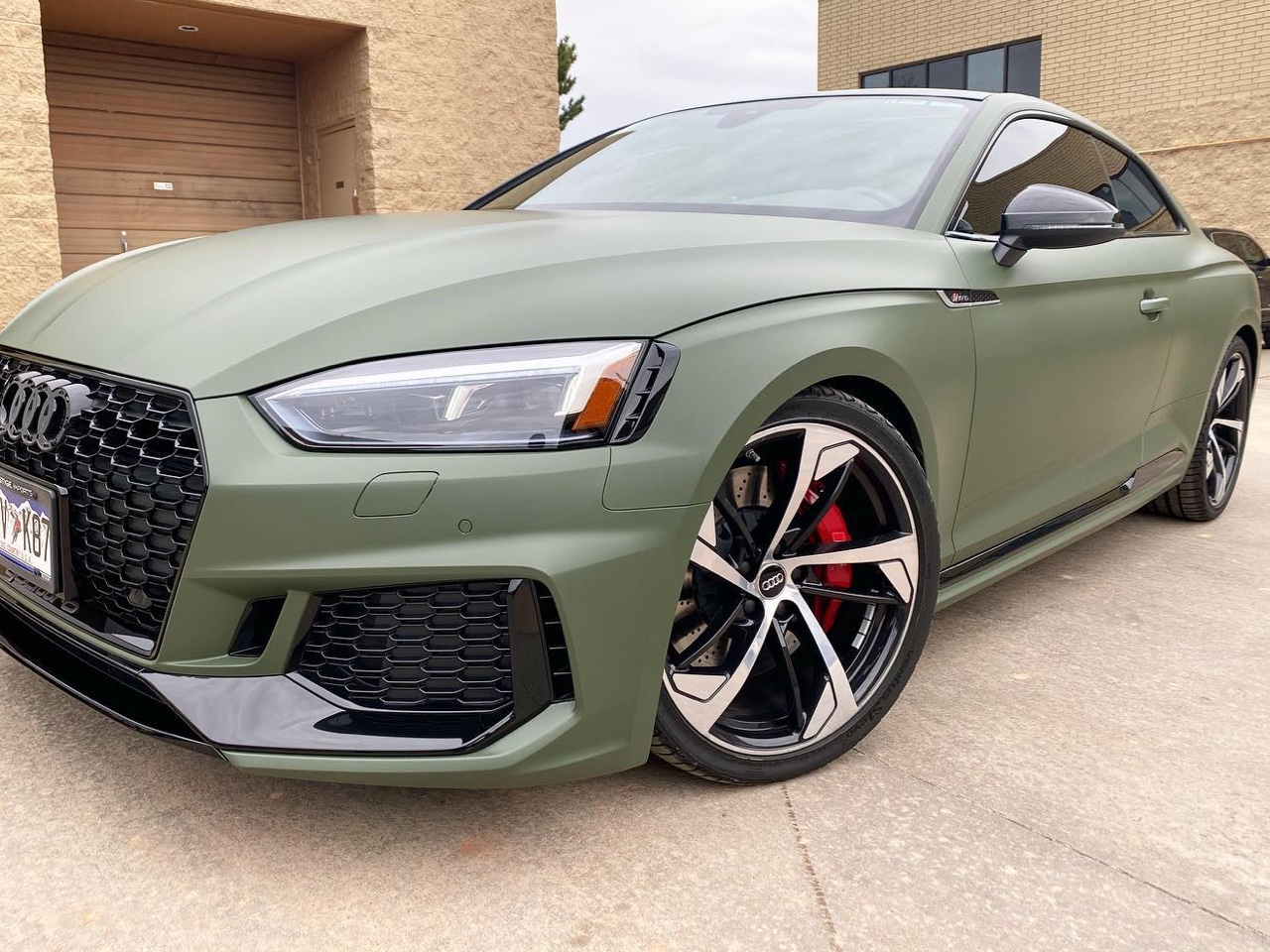 Audi RS5 tinted windows side view