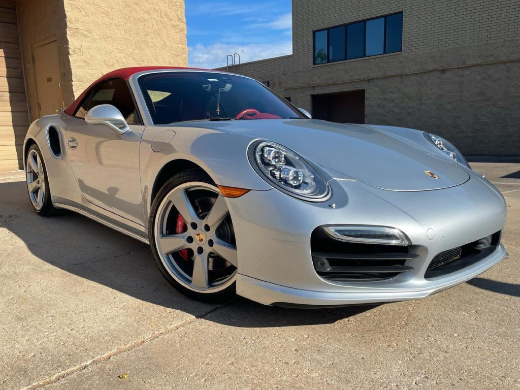 Porsche 911 Turbo window tinting