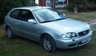 Toyota-Corolla-2001-European-Facelift-Hatchback