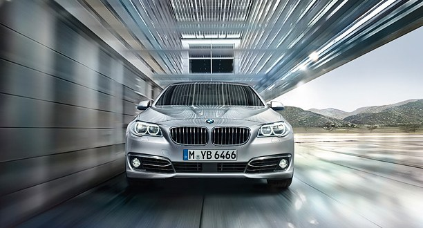 BMW 5 Series Exteriors Front View