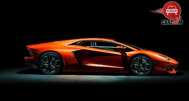 Lamborghini Aventador Exterior Side View