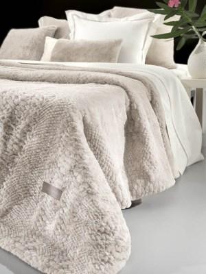 Κουβέρτα Υπέρδιπλη Γούνινη 220x240 Guy Laroche Crusty Ivory