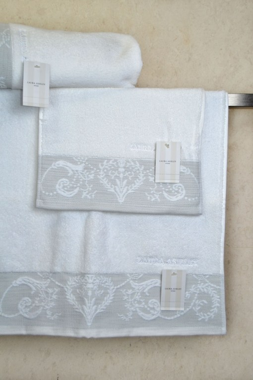 πετσέτες-σετ-3-τεμαχίων-laura-ashley-josette-jacquard-2