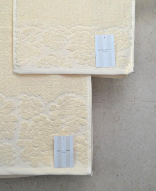 πετσέτες-σετ-3-τεμαχίων-laura-ashley-rice-cream-2