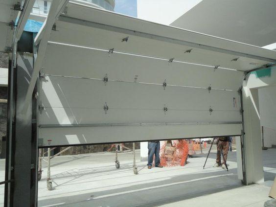 Puertas para garaje Aluminio  Madera  Casa Web