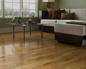 Pavimento de madeira
