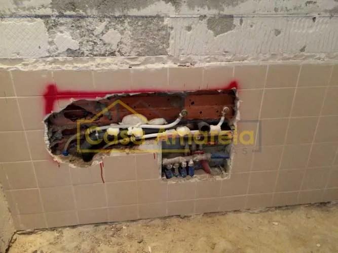 Obra de remodelação de casa de banho no Porto