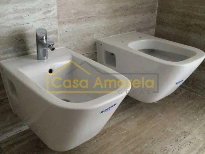 Remodelação de casa de banho no Porto sanita e bidé