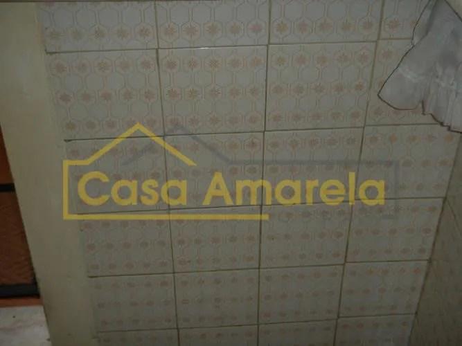 Remodelação de cozinha: azulejos a substituir