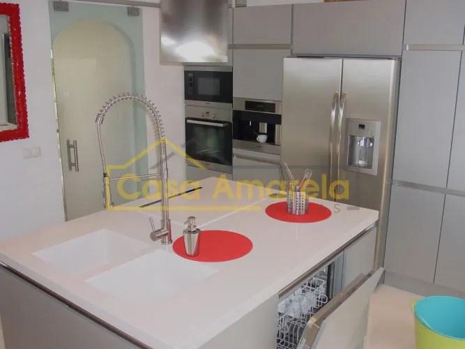 Remodelação de cozinha móveis termolaminados
