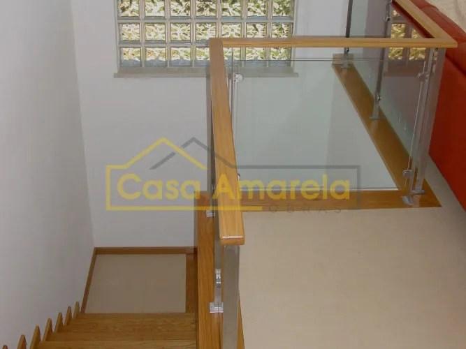 Remodelação de interior de moradia escadas