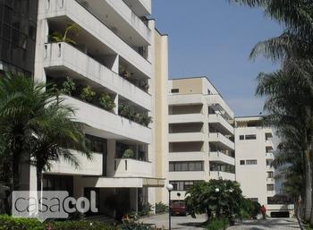 Edificio Los balsos en Poblado Medellin  Casacolco