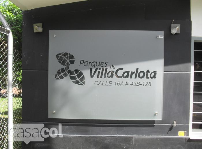 Edificio Parques de villa carlota en Poblado Medellin  Casacolco