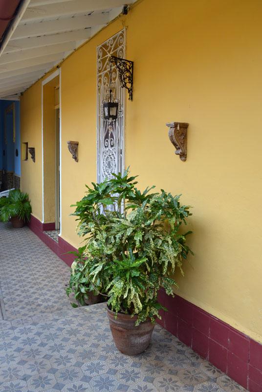 Hostal Casa Colonial 1830  Hostal y Restaurante en
