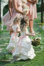 casamento_paleta-de-cores_verde-musgo_rosa-queimado_daminhas_01