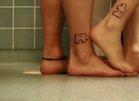 casacomidaeroupaespalhada_tatuagem_casal_tattoo_22