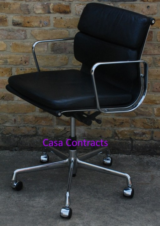 Vitra Eames EA217 Soft Pad Black Leather 2