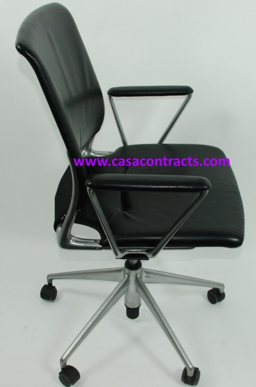 Vitra Meda chair leather fixed arms 5b