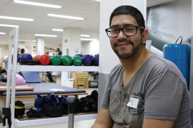 São Paulo - Donner Rafael Vieira, que nasceu com má formação congênita, fala sobre os desafios enfrentados pelas pessoas com deficência.